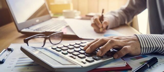 3 Budgeting Tips To Help You Avoid Extreme Debt
