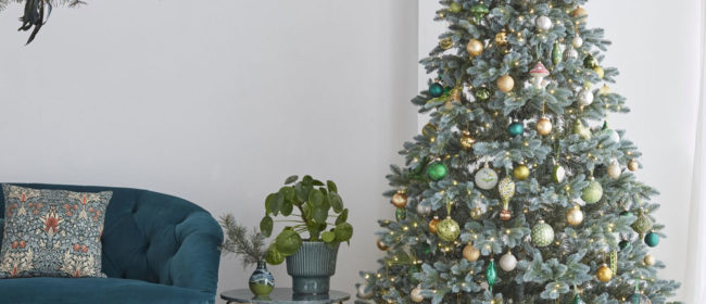 Christmas Decorating Essentials Checklist