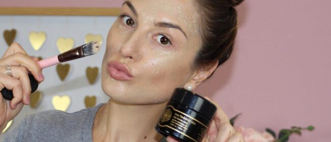 What Your Daily Skincare Routine Should Look Like: By Amanda Jo Of Organic Bunny